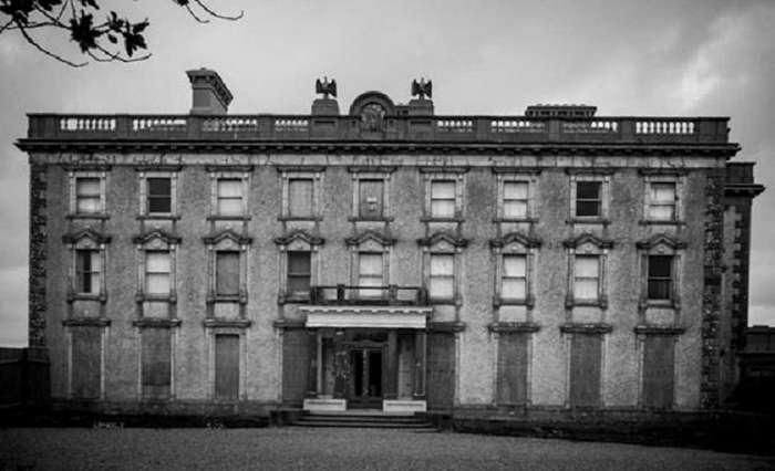 Самый посещаемый дом Ирландии: легенда, которая сделала его популярным Интересное