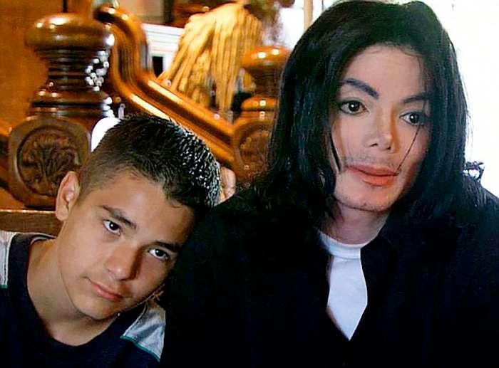 Скандалы, в которых был замешан Майкл Джексон Интересное