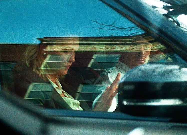 Карли Клосс и Джошуа Кушнер впервые замечены после выхода скандальной книги об их семье Звезды / Звездные пары